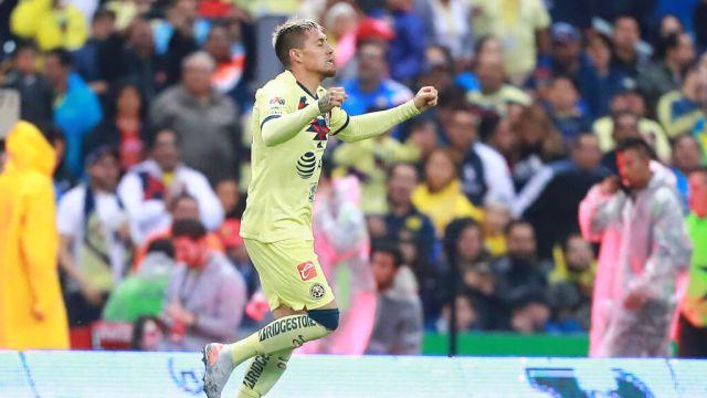 26/10/2019, Galaxy tenía a Nico Castillo del América como segunda opción en caso de negativa de Chicharito