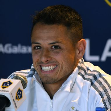 23/01/2020. Chicharito Messi Galaxy Mls Los Pleyers, Chicharito sonríe en la conferencia de presentación con el Galaxy.