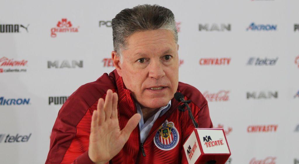 09/02/2020, Peláez pone en duda continuidad de Luis Fernando Tena como entrenador de Chivas