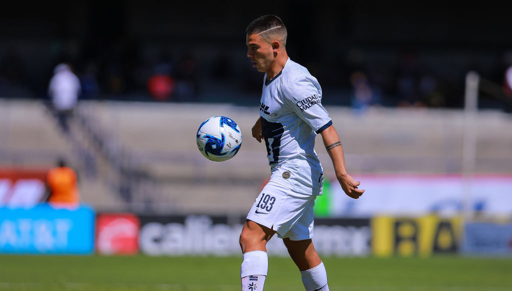 09/02/2020. Marco García es un jugador revelación de Pumas en el Clausura 2020. Sin embargo, aún se traslada en metro a entrenar