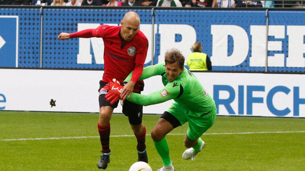 13/10/2019, Arjen Robben dice extrañar el futbol y por eso saldría del retiro