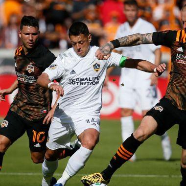29/02/2020, Thierry Henry asegura que al Chicharito solo le falta adaptación a la MLS