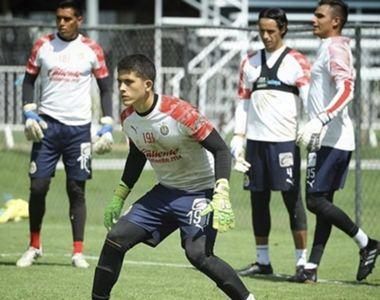 01/04/2020. Chivas Víctor André Alcaráz Díaz Francia Portero Los Pleyers, Víctor André Alcaráz en un entrenamiento.