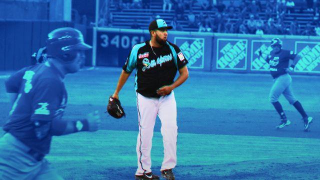 03/04/2020 Jorge Luis Ibarra, Saraperos Saltillo, LMB, Coronavirus, El pitcher zurdo se prepara en la loma de la LMB