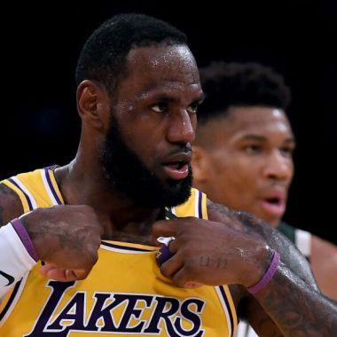 ¿Llaman cobarde a LeBron James?