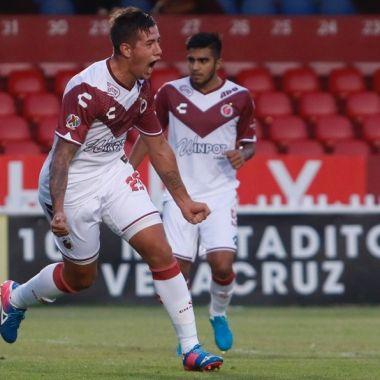 29/04/2020. Rodrigo Holgado Veracruz Motociclista Cárcel Los Pleyers, Rodrigo Holgado festeja un gol.