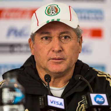 08/10/2013. Víctor Manuel Vucetich Selección Mexicana Entrenador Rechazo Los Pleyers, Vucetich en su paso como técnico de México.