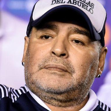 Hijas denuncian la calidad de vida que lleva Maradona 30/06/2020