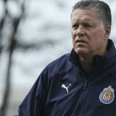 Con todo y crisis económica, Chivas no venderá jugadores 05/06/2020
