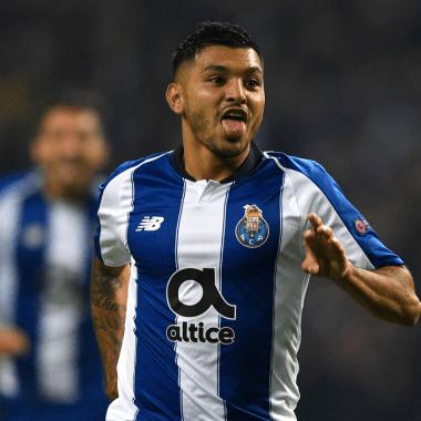 Tecatito Corona da asistencia de lujo en gol del Porto [Video] 23/06/2020