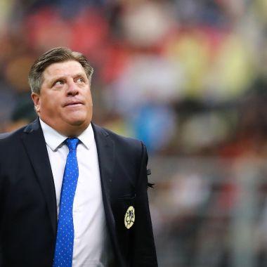 Manuel Pellegrini le quita a Miguel Herrera lugar en Betis 06/07/2020