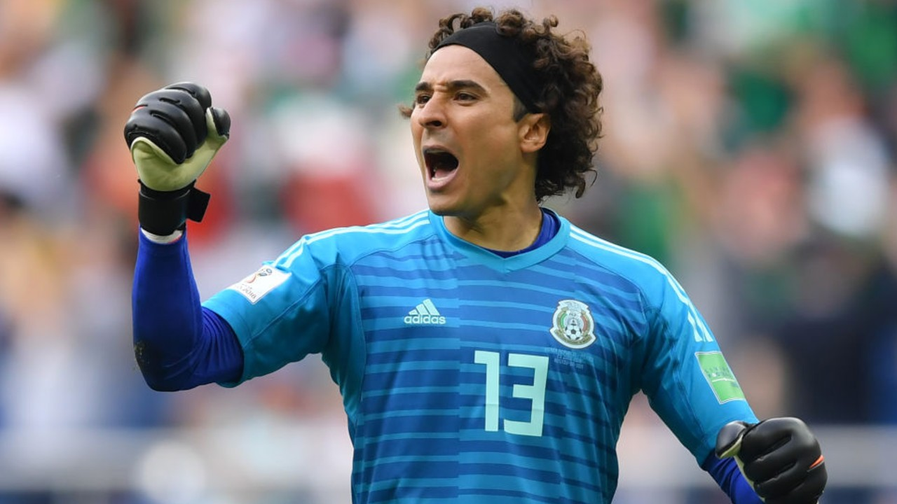 Las insólitas cinco atajadas de Guillermo Ochoa [Video] 13/07/2020