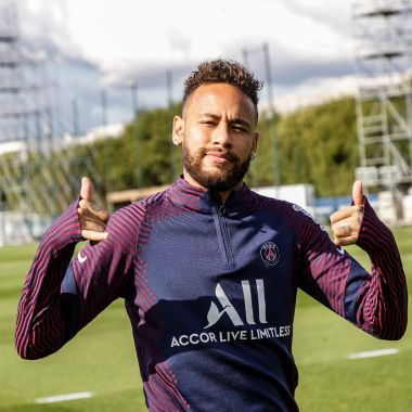 Con el salario de Neymar se pagaría la nómina del Atalanta