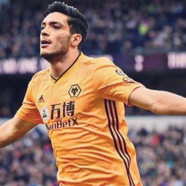 Raúl Jiménez saldría de los Wolves a préstamo rumbo a la Juventus por órdenes de Pirlo