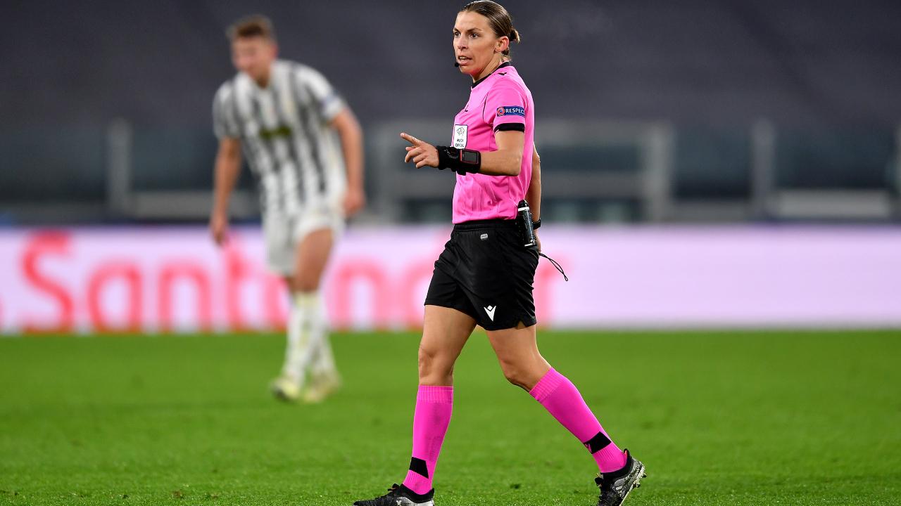 Stephanie Frappart primera mujer en Champions