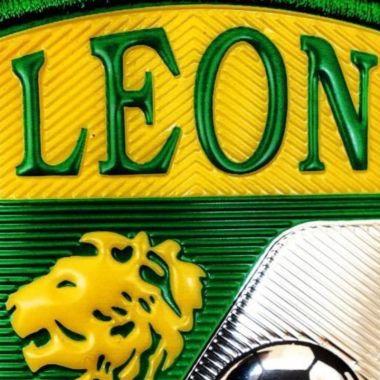 León en cara del Guard1anes 2021