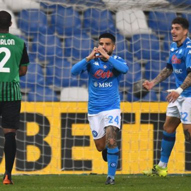 Lorenzo Insigne gol penal Napoli