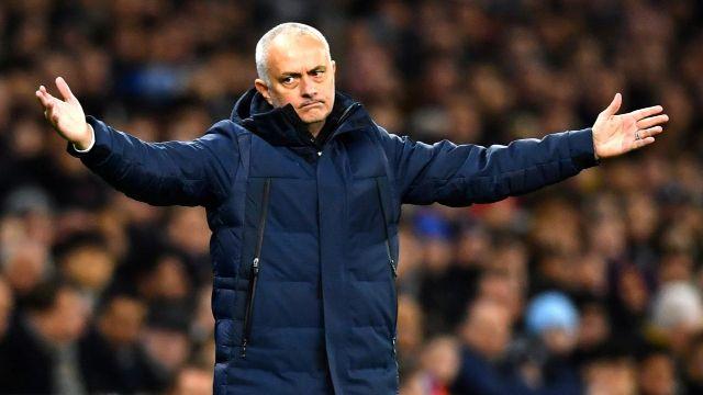 José Mourinho es destituido como técnico del Tottenham