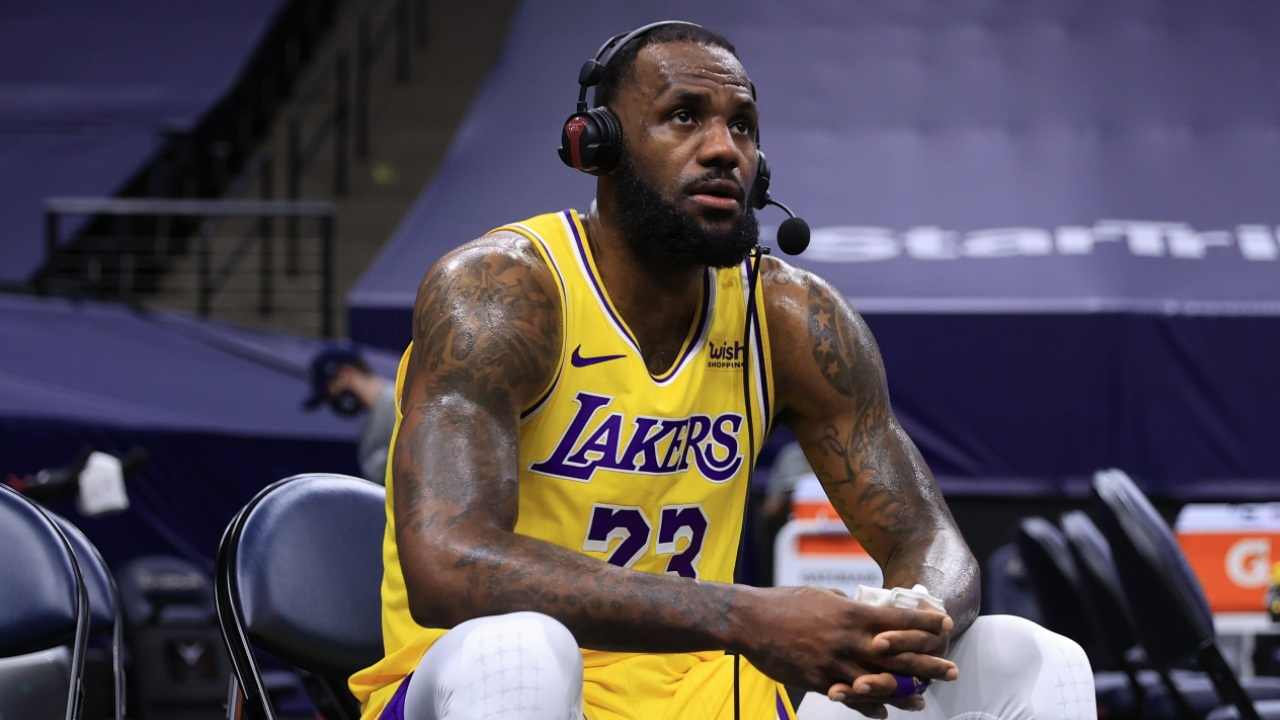LeBron James imposible recuperar condición Lakers