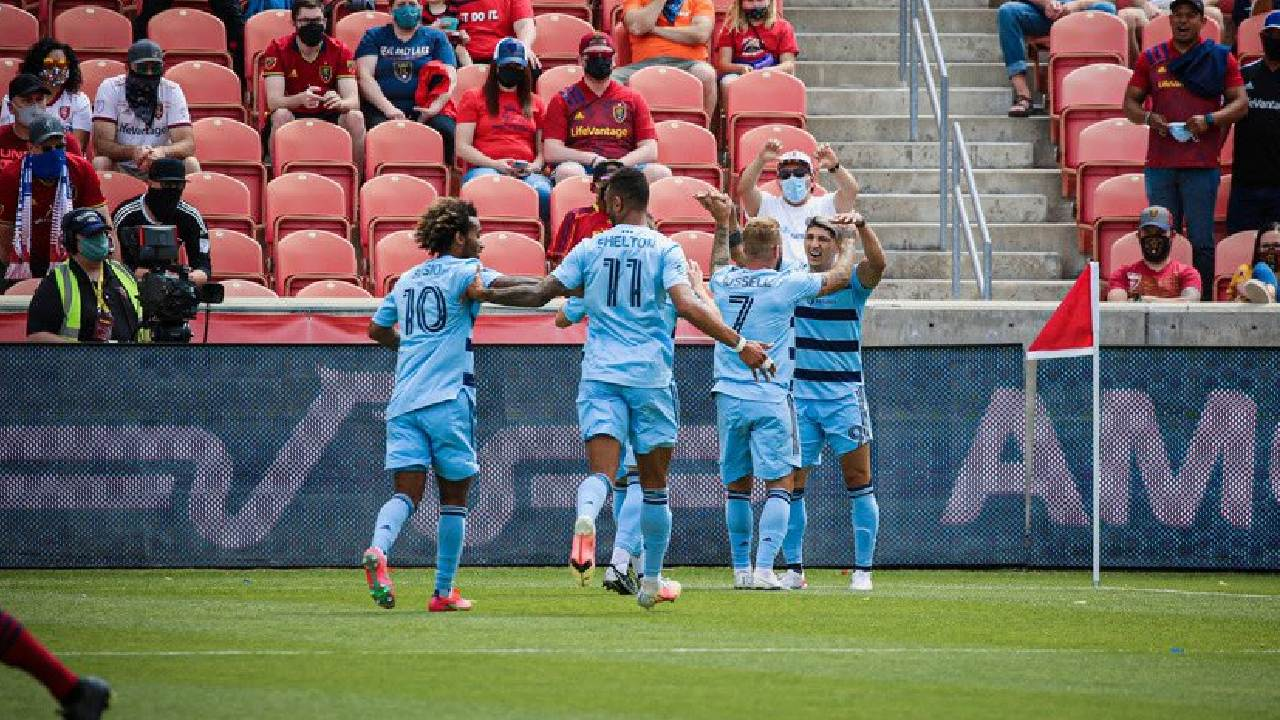 MLS alan pulido gol kansas city futbol