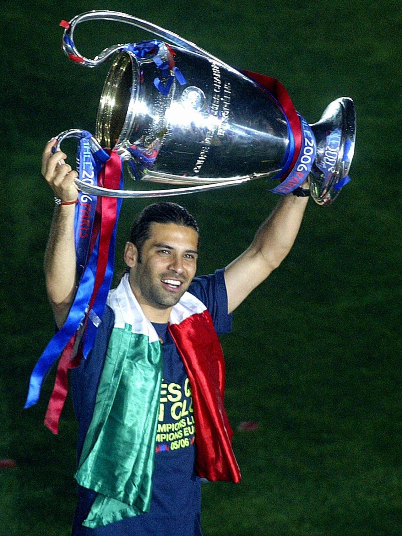 Rafael Márquez primer mexicano en ganar la UEFA Champions League