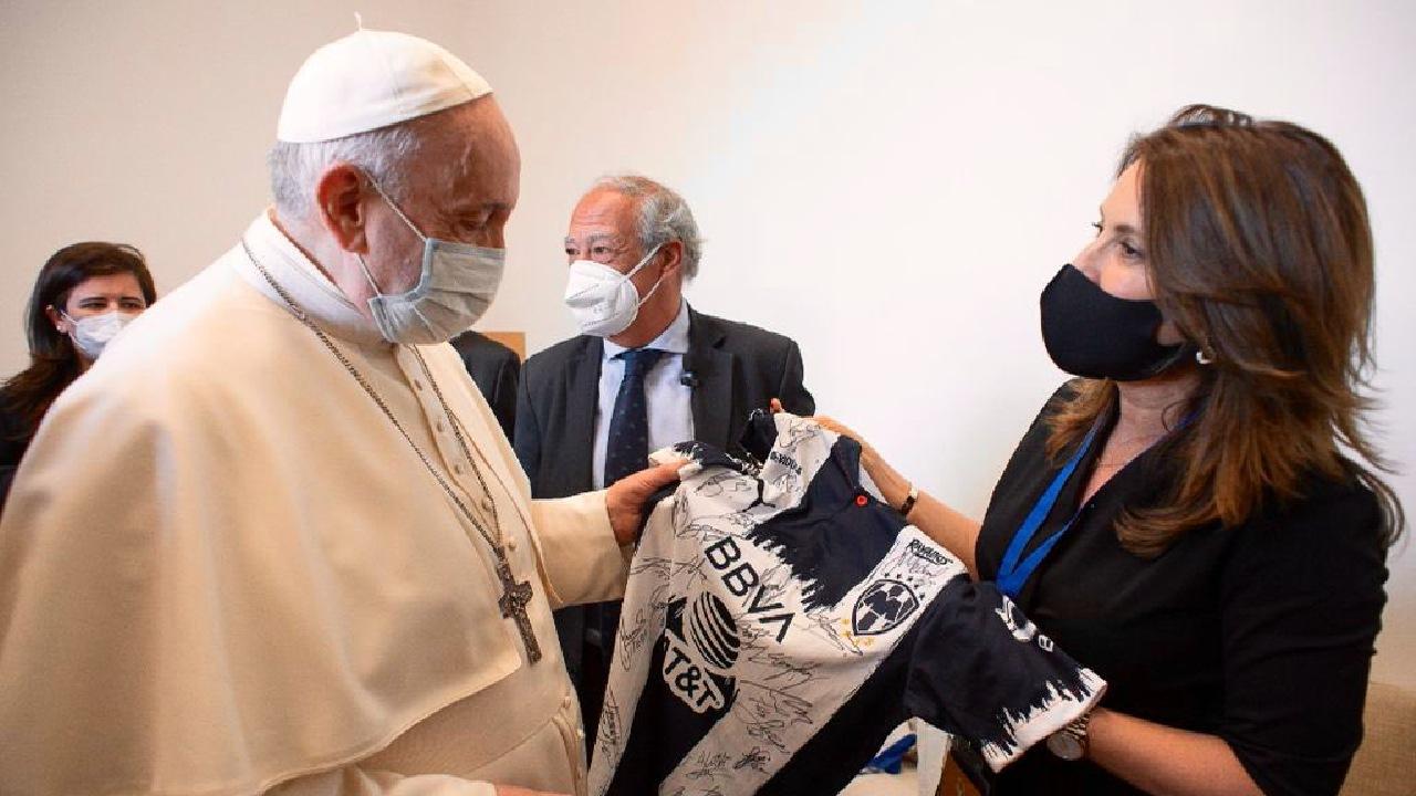 Papa Francisco rayados monterrey playera