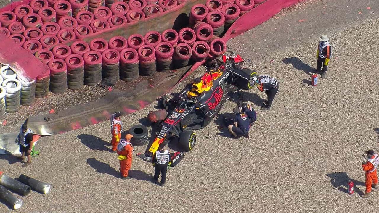 F1: Así fue el terrible choque entre Max Verstappen y Lewis Hamilton