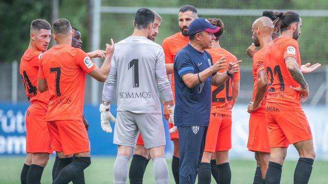 Nacho Ambriz consigue su primer victoria como técnico del Huesca