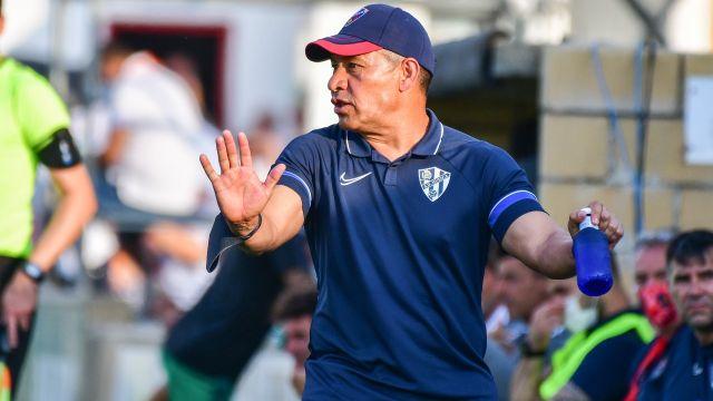Nacho Ambriz huesca derrota Osasuna