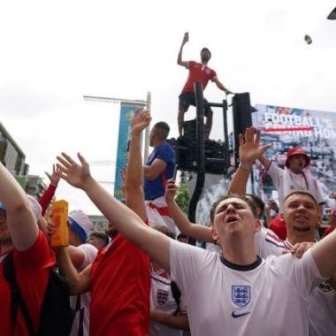 Inglaterra aficionados disturbios