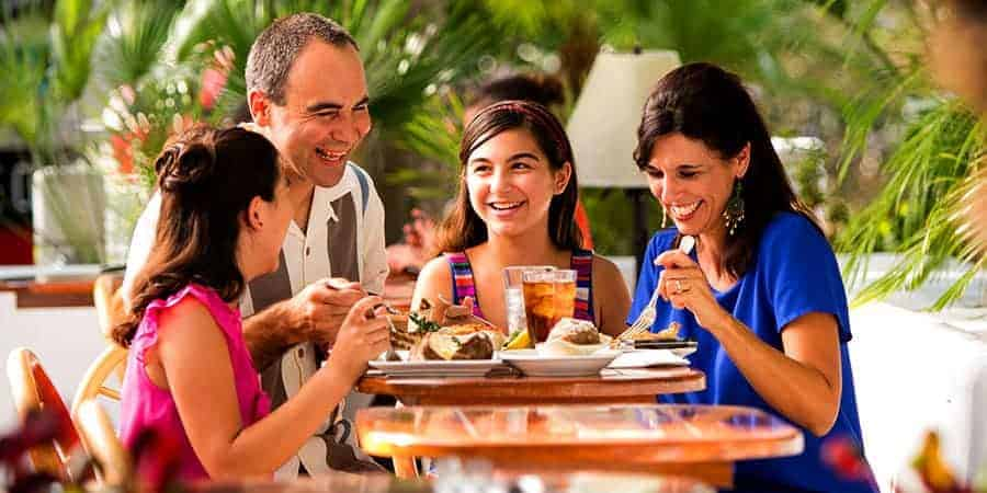 Fun Family Dinner Places