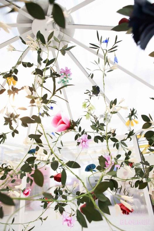 Trends Papieren bloemen kunstwerk Edenworks showup 2017