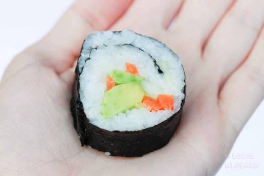 lossebloemen sushi laat collega's uit je hand eten - plantaardig eten
