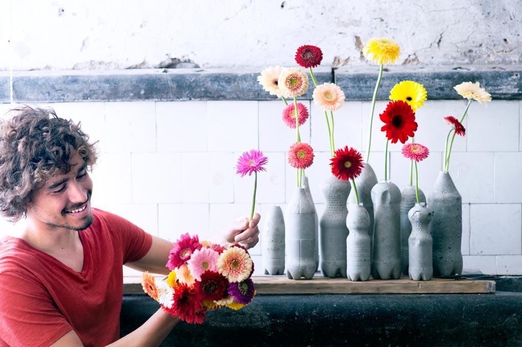 gerbera-welke-bloem-voor-een-man--losse-bloemen.nl-lossebloemen-gerbera-mannenboeket beeld: mooiwatbloemendoen.nl