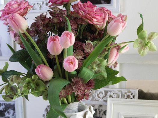 kerstroos-helleboris-tulpen-rozen-mooiwatbloemendoen-boeket-bloemen-bloemenblog-losse-bloemen