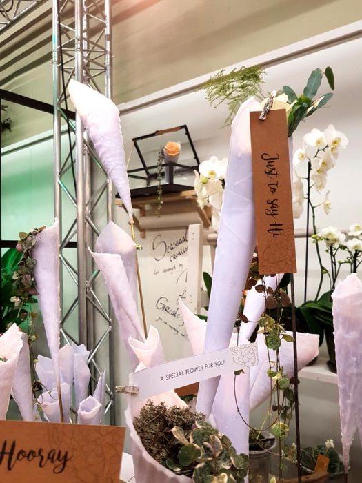 van-kaarsvet-een-plantenbak-of-vaas-maken-diy-met-losse-bloemen-blog