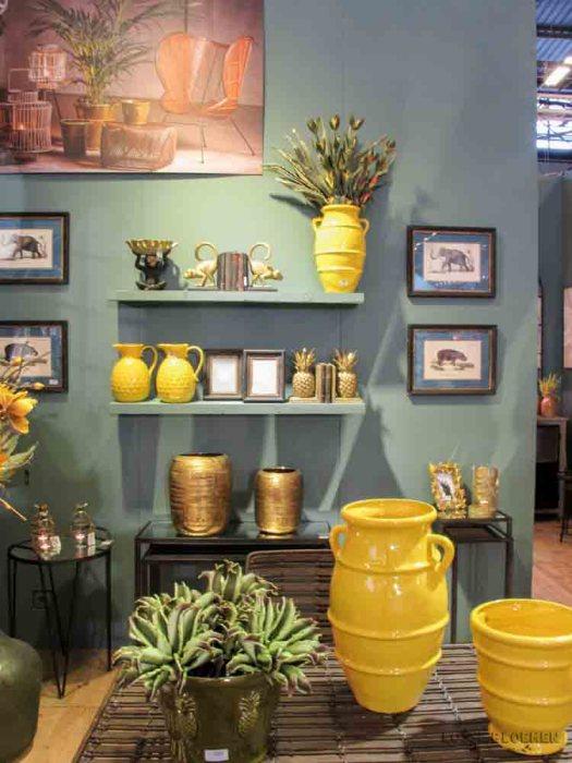 geel interieur lossebloemen maison et object parijs yellow