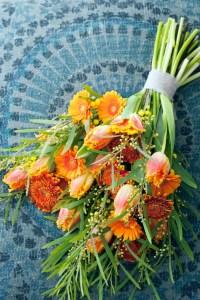 Oranje koningsdagbloemen foto- mooiwatbloemendoen.nl op losse bloemen blog oranje bos bloemen