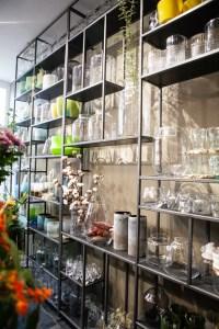 Pluck delft bloemenwinkel met losse bloemen - bloemen blog