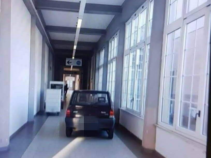 Free parking all'ospedale: nuovo record mondiale