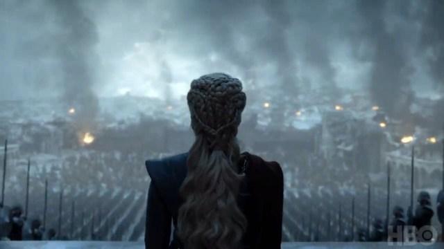 8x06-9 daenerys contempla su ejército victorioso