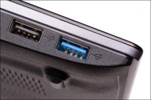 650x434xusb-2-0-vs-usb-3-0-blue-port-jpg-pagespeed-ic-hw2qdxl-ua