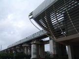 Maglev fährt in die Longyang Road Station ein