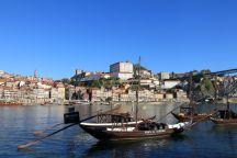 Barcos rabelos mit Blick auf Ribeira