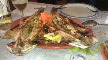 Frischer Fisch vom Grill