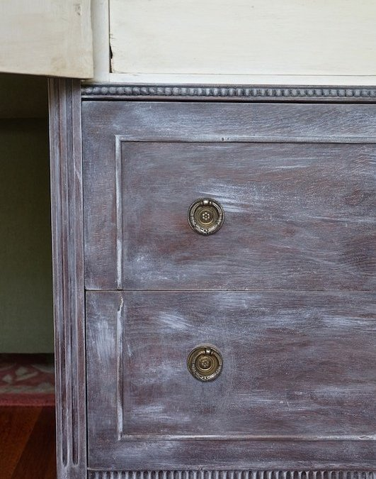 Getting A Weathered Look | Antique Chest Dry Brush Makeover