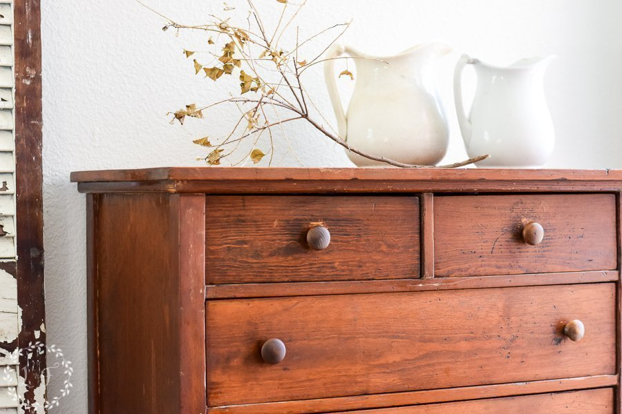 How to Revive an Antique Oak Chest of Drawers with Hemp Oil