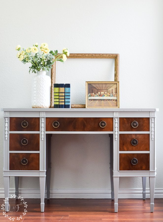 Painted-Desk-with-Fusion-Mineral-Paint
