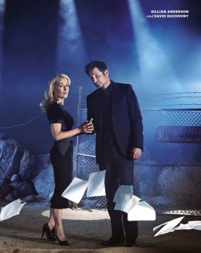 check-out-mulder-scully-in-new-photos-from-the-x-files-2016-miniseries-x-files-476091