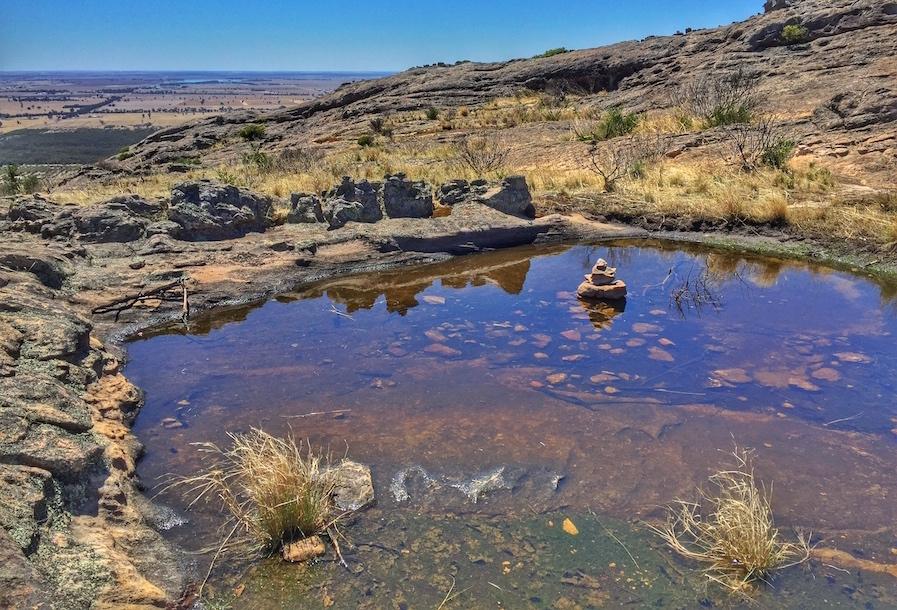 pond-hollow-mountain